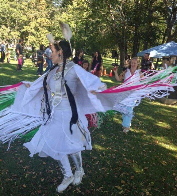 Culture Days brings art market, Beatles tribute band to Lakeshore