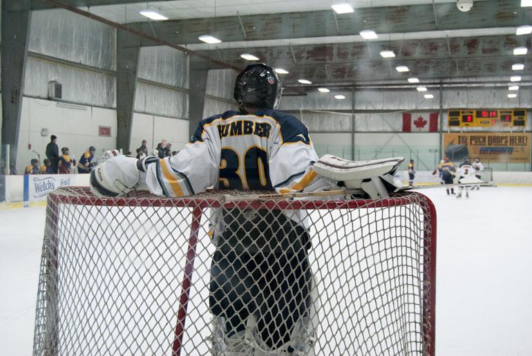 Shootout win for Hawks in men's hockey