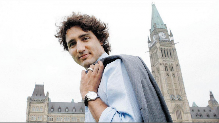 Just-in time for change, Liberals lead