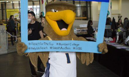 Silent auction raises $6000 for scholarship charity