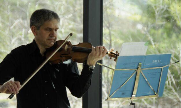 Humber Teacher showcases Bach violin concert at arboretum