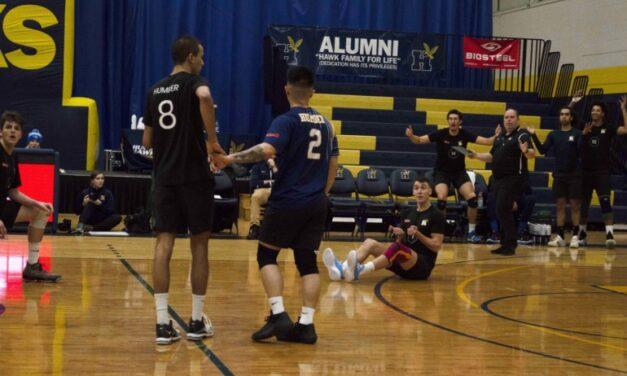Hawks' Devecseri stellar in return as men's volleyball team beats Boreal