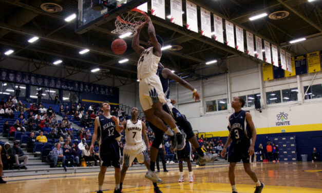 Hawks men's basketball shifts to overdrive, defeat Niagara in overtime