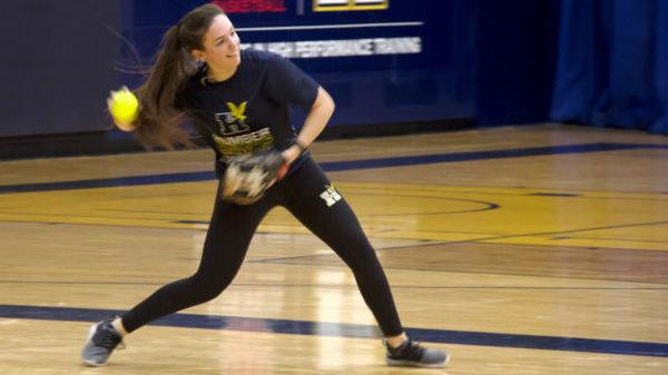 Hawks women's softball prepares for October