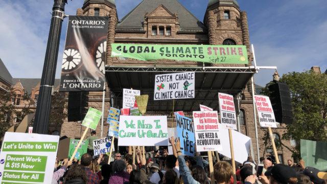 https://humberetc.ca/wp-content/uploads/2019/10/ClimateStrike1-640x360.jpg