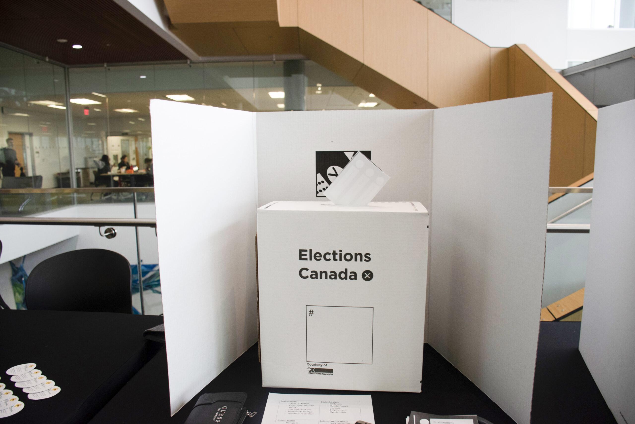 Students among 4.8 million advance voters
