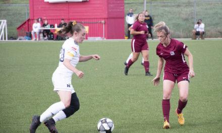 Women's soccer extend winning streak to five games