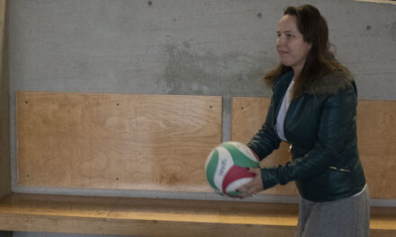 Basketball Bonanza rallies for community sports
