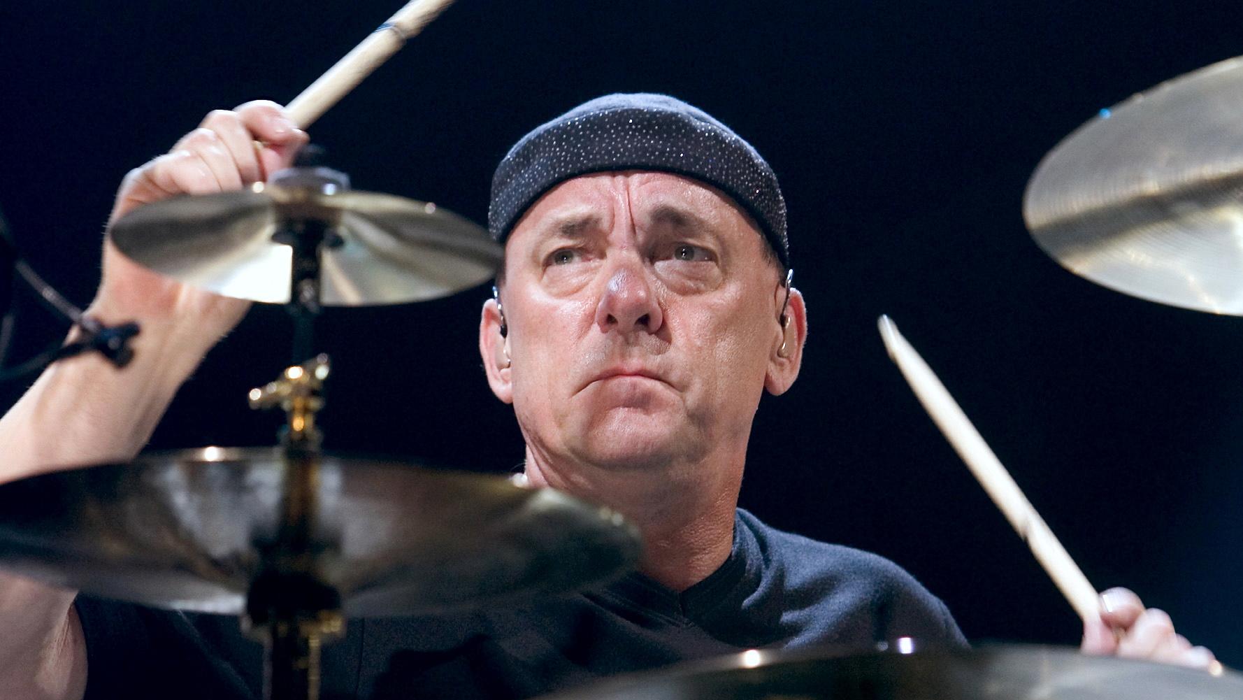 Musicians mourn loss of 'ambassador of Canadian rock music'