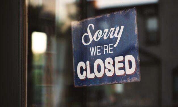 Ukraine orders weekend shutdowns in COVID-19 battle